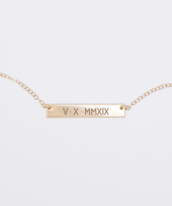 roman-numeral-5-x-30-horizontal-bar-necklace-gold-5