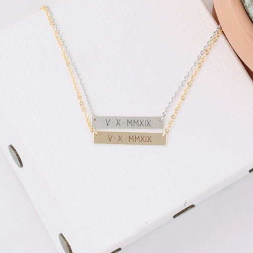 roman-numeral-5-x-30-horizontal-bar-necklaces-gold-and-silver