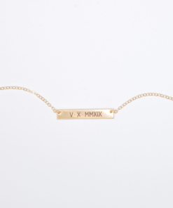 roman-numeral-5-x-30-horizontal-bar-necklace-gold-6
