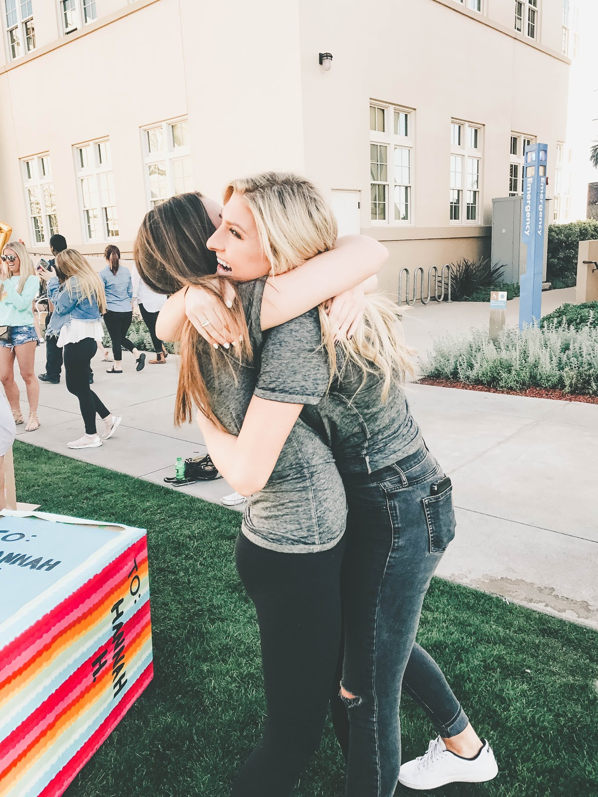 Big/Little Reveal Hugging